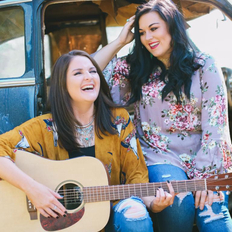 Hannah+Karly – Artist Spotlight