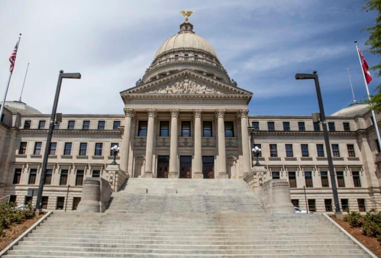 Legislature to reconvene Monday amid battle with Gov. Reeves